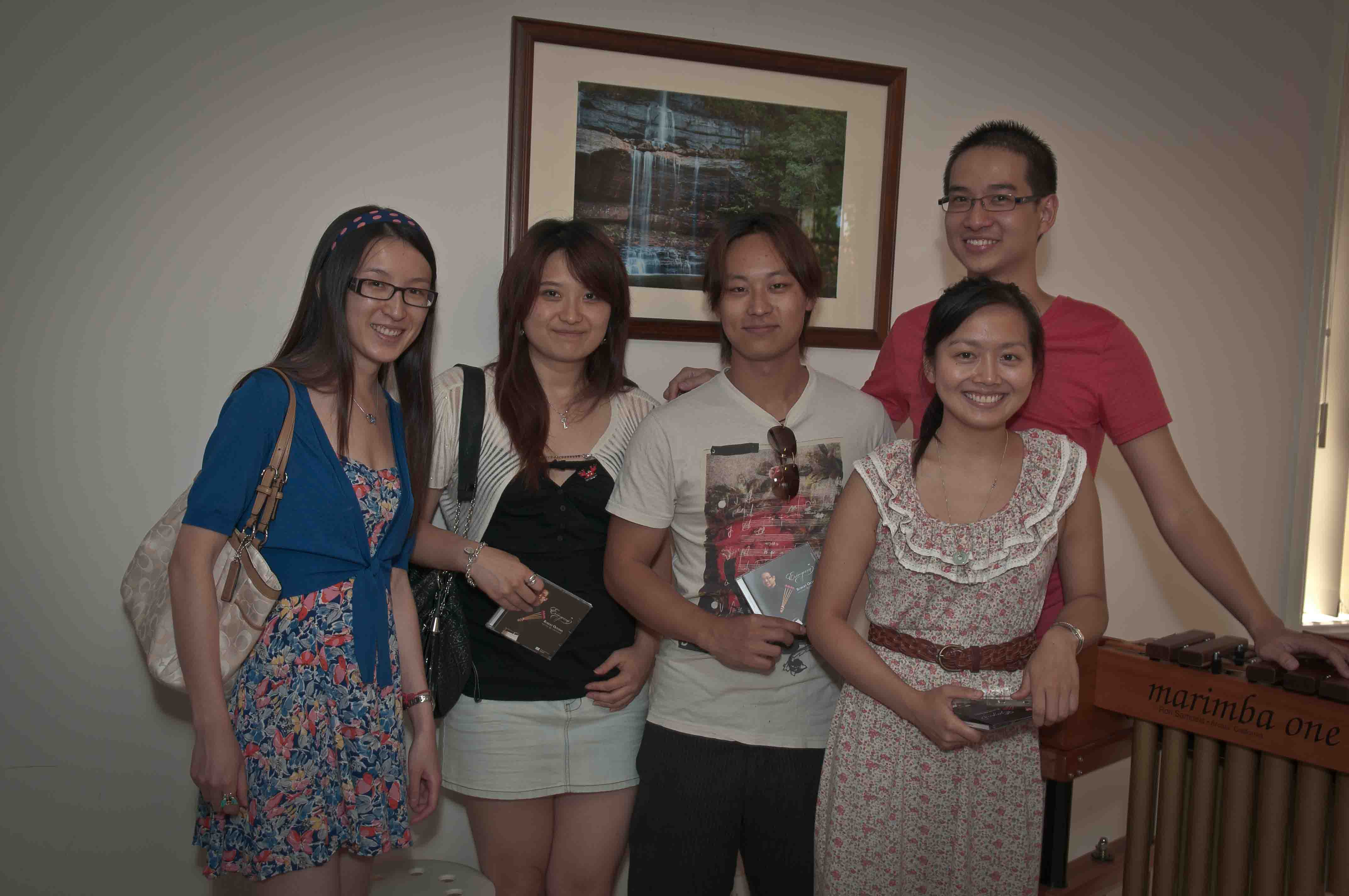 With high school friends. Photo by Anh Qui Le. Copyright © 2012 Anh Qui Le. All Rights Reserved.